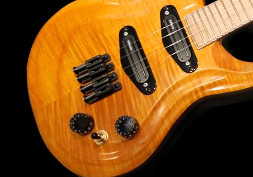 Flamed maple body